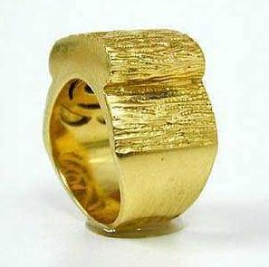 לקנות Magnificent 14K Yellow Gold Ring.