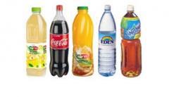 בקבוקי משקאות פלסטיק