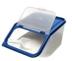 Dry food keeper Container with spoon