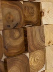 לוחות עץ וגושי עץ