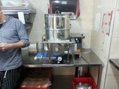 מכונה אוטומאטית לייצור המבורגרים וקציצות